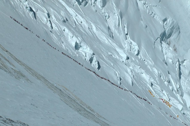 Queue of people on Mount Everest
